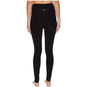 🧘♀️Beyond Yoga Black Leggings